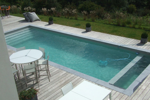 Piscine design belles ides de piscine intrieure et for Concept piscine design